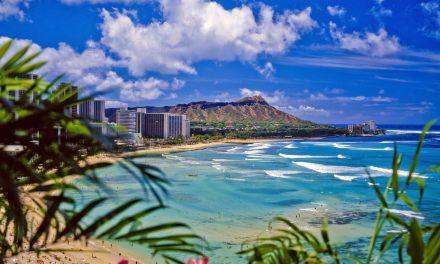"Hawaiian State Rep. Uses Sledgehammer to Say ""Aloha"" to the Homeless"