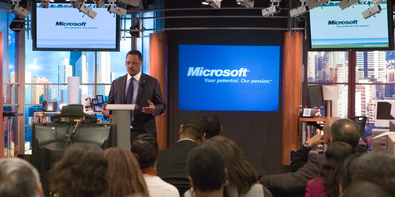 Jesse Jackson Demands Diversisty in Technology Work Force