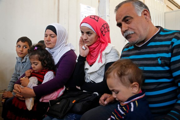 Syrian refugees seeking shelter in the US are feared by some republican governors and face possible rejection at their state borders.