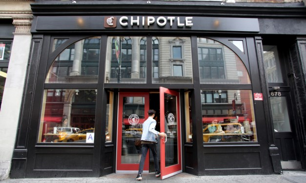 Chipotle to Hire 5,000 New Employees Sept. 28