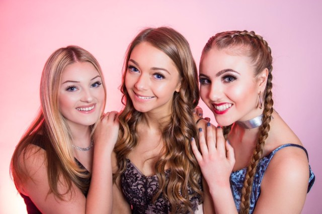 The girl band D'LuXE