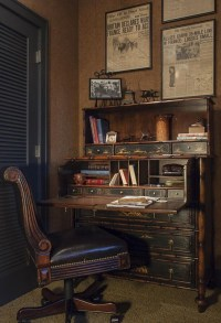 How to Create a Vintage Powerful Man's (or Woman's) Home ...