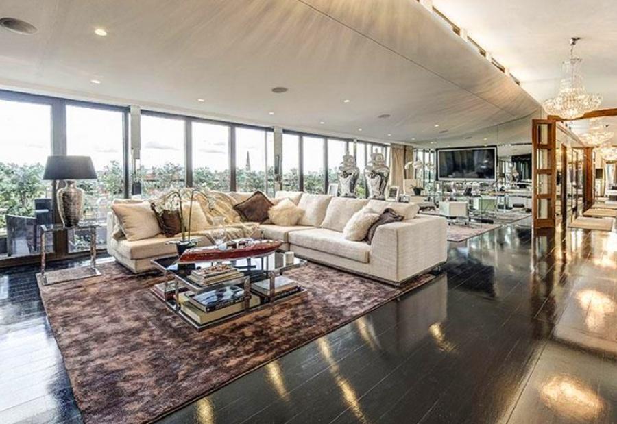 Stunning Penthouse Apartment In South Kensington London