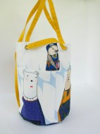 Convertible All Well Bucket Bag in Warao Family Print