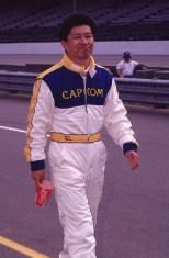 Kenji Momota intentó tomar parte de las 500 Millas de Indianapolis en 1990 y 1992; sin embargo, no pudo clasificar a ninguna. A pesar de ser el único de esta lista en que se quedó en esfuerzo, se le acredita como el primer japonés en correr en NASCAR, en 1995 (FOTO: Indianapolis Motor Speedway)