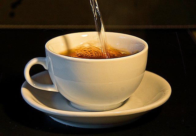 coffee-tea-pour