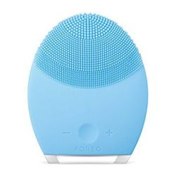 FOREO LUNA 2 Personalized Facial Cleansing Brush FOREO LUNA 2 Personalized Facial Cleansing Brush & Anti-Aging Face Massager for Combination Skin.