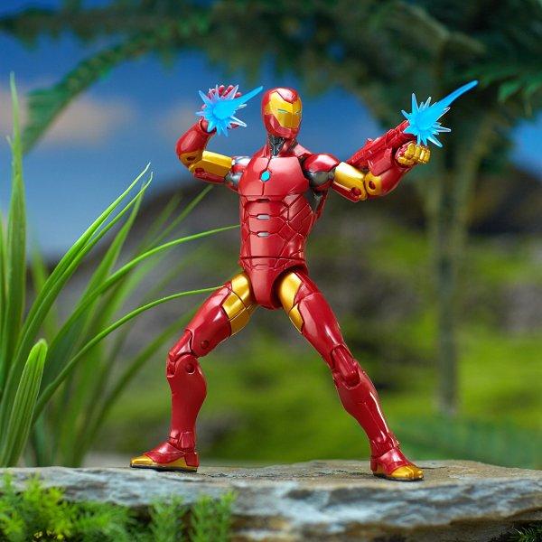 Marvel Black Panther Legends Series Iron Man