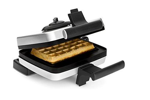 Croquade Traditional Belgian Waffle Maker