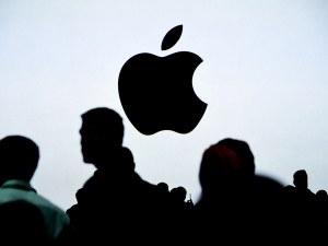 Apple: Χρηματιστηριακή αξία στο 1 τρισεκατομμύριο δολάρια