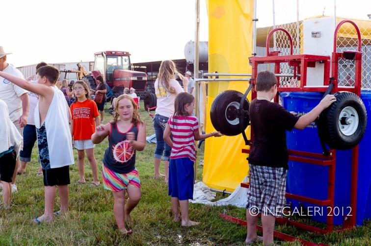 Balloon Fest | 19 May 2012B-21