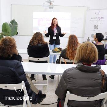 Despedida a los participantes del Instituto Giovanni Falcone (Italia) quienes participaban en el curso European Opportunities for Digital Schools (Oportunidades para Escuelas Digitales en el Marco Europeo), del 13 al 18 de Enero de 2020 en la Escuela de Inercia Digital en El Rompido.