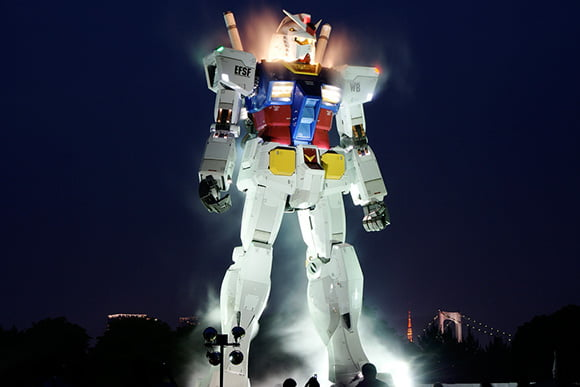 Life-sized-Gundam-Back-8