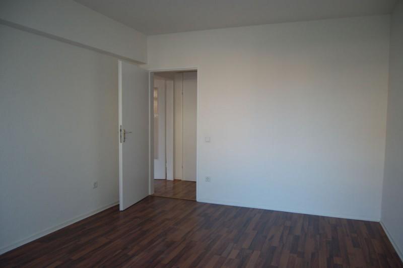 Ruhige Wohnung zur Hofseite in der Hochparterre mit Balkon