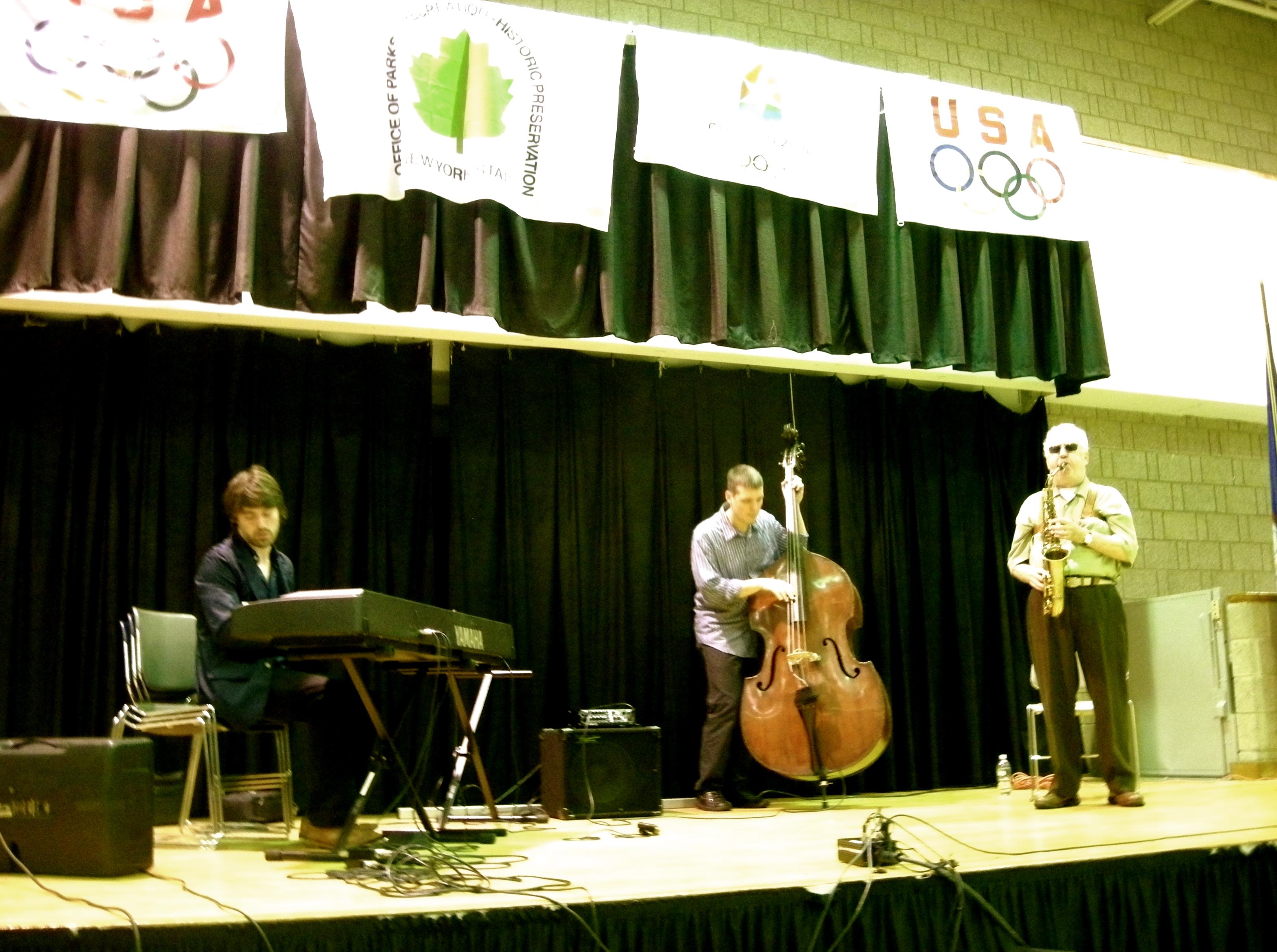 Lee Konitz trio