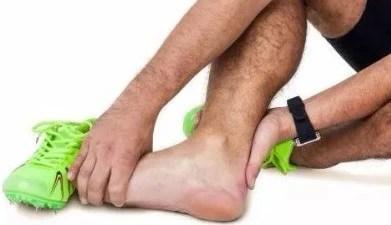 夏季半夜腿抽筋是什么原因?著涼還是缺鈣?_大遼網_騰訊網