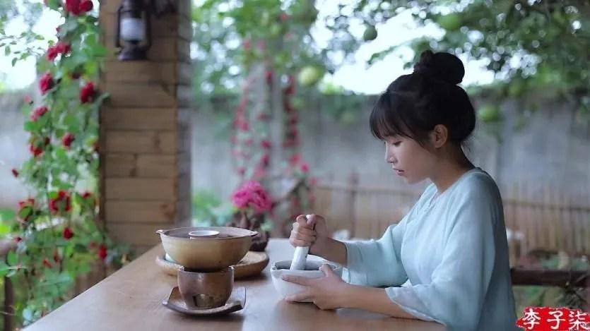 """李子柒獲""""2019年度文化傳播人物""""。為何是她?_騰訊新聞"""