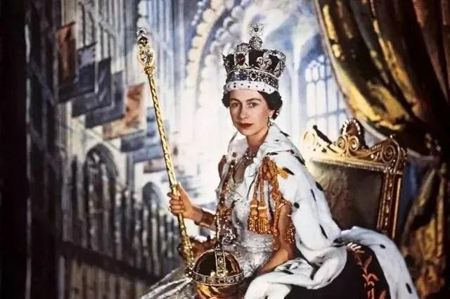 日本天皇和英國女王有何不同?日本天皇為何能留存至今?_騰訊新聞