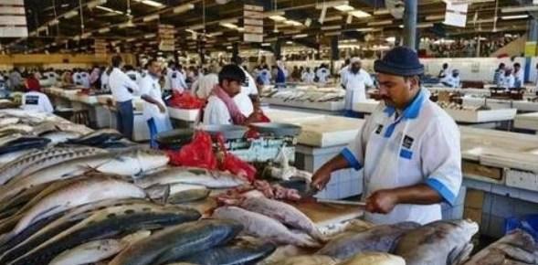 迪拜人到底多奢侈?看看他們的菜市場,有錢人的快樂我不懂_騰訊新聞