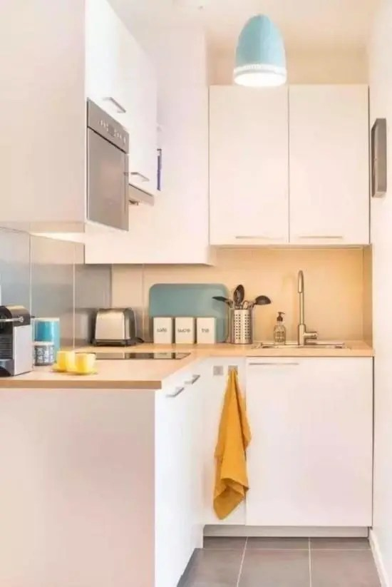 kitchen prep station phone 厨房不要太大小户型厨房装修效果图 腾讯网 根据自己的需求 准备足够的柜子和工作区 不要造成空间的浪费 来自 装修设计小站