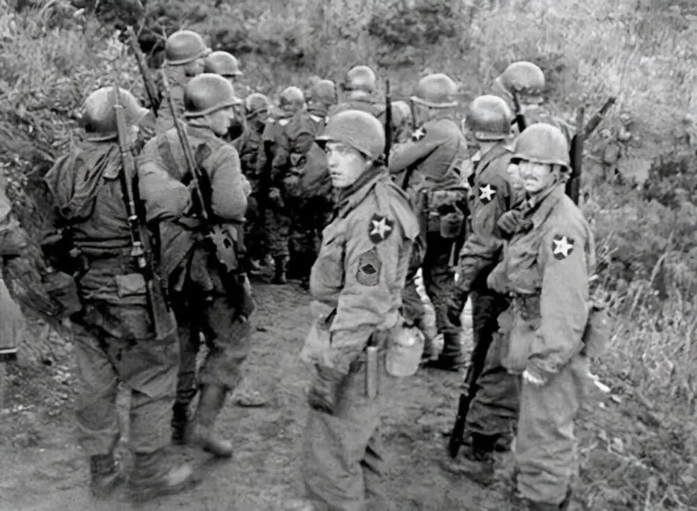 """決戰朝鮮:抗美援朝戰爭中,""""聯合國軍""""究竟損失了多少人?_騰訊新聞"""