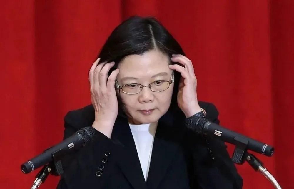 """""""臺獨""""頑固分子清單重啟""""萬鈞逃命計劃""""_騰訊新聞"""