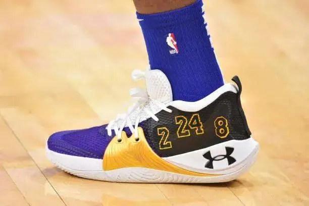 NBA球員上腳:庫里8代定制版,恩比德球鞋緬懷科比_騰訊新聞