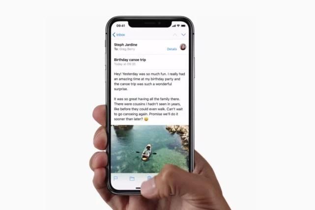 Screen Outline Iphone X Wallpaper Without Notch Iphone X 额头 被指丑陋 带来软件用户界面一场灾难 科技 腾讯网