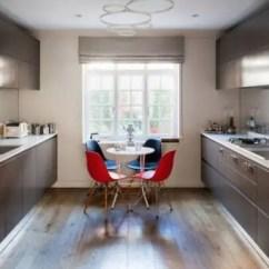 Compact Kitchen Sink Equipment Used 怎么设计一个紧凑的厨房 厨房虽小 堪比仓库啊 将独立的水槽换成嵌入式水槽可以节省很大的空间 同时也更加便利 嵌入式水槽另一个优点在于 降低了漏水的可能性 也可以让厨房看起来更加精致