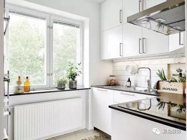 kitchen back splashes island rustic 选择合适的厨房灯具 让做饭更加行云流水 腾讯网 冷光的照明效果优于暖光 厨房用冷光灯最好 而led虽然节能 但光线太弱 瓦数不够支撑整个厨房的照明任务 更适宜局部使用