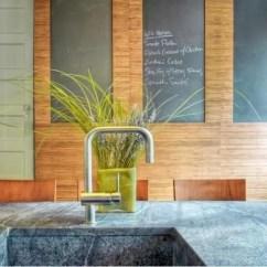 Kitchen Counter Options Backsplash Stone 厨房台面用什么材料好 15个厨房台面材料选择指南 腾讯网 皂石厨房柜台在实验室经常用于抵抗污渍 化学物质和细菌 皂石是厨房的耐用和自然的选择 可能昂贵一点 但可能是一生的投资