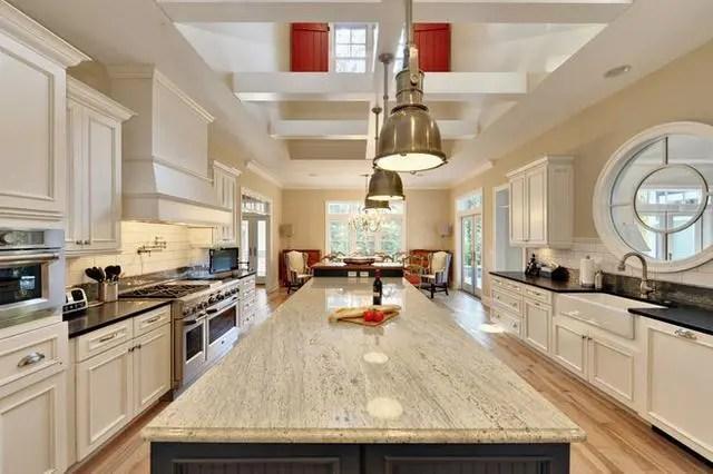 kitchen counter options white wooden chairs 厨房台面用什么材料好 15个厨房台面材料选择指南 腾讯网 皂石厨房柜台在实验室经常用于抵抗污渍 化学物质和细菌 皂石是厨房的耐用和自然的选择 可能昂贵一点 但可能是一生的投资