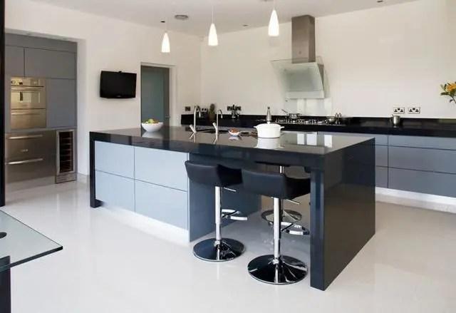 kitchen counter options brushed nickel hardware 厨房台面用什么材料好 15个厨房台面材料选择指南 腾讯网 固体厨房柜台