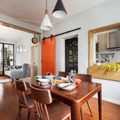 Restaurant Kitchen Door Ikea Installation Cost 厨房门正对客餐厅 如何设计 腾讯网 这样给厨房开扇窗的设计 让各个空间不全独立 视野采光都好 尤其是厨房隔壁就是餐厅的户型 开个窗 每次端菜都不用绕一圈了 直接从窗户传菜就好 而且边做饭还能边