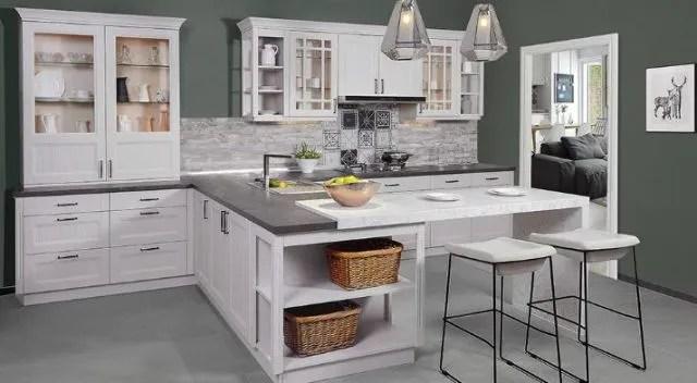 base kitchen cabinets polish for 抓细节求品质德贝橱柜创 成都造 价值 腾讯网 经过二十余年的积累沉淀 德贝建成了橱柜大量引进了德国 意大利的先进生产设备 成为中国西部地区规模最大 设施最先进 档次最高的专业化厨柜生产基地
