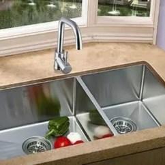 Best Kitchen Sink Paint Colors For Small Kitchens 厨房水槽做台中盆好吗厨房台中盆怎么做 腾讯网 虽然厨房的空间不大 但是要容纳的东西有很多 比如油烟机 冰箱 锅碗瓢盆等等 而厨房要装修台中盆还是台下盆是大家讨论比较多的一个话题 那么 厨房水槽 做台中盆好
