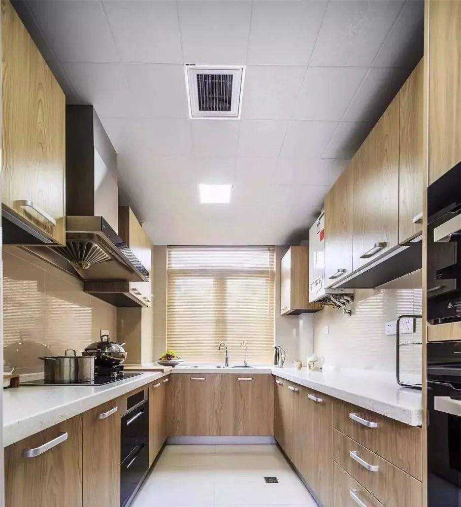 backyard kitchen designs farm sink 厨房风水大忌 倒贴钱都不能这样装 2 厨房内部设计的宜忌