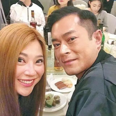 李若彤、傅明憲23年后重逢楊過古天樂。網友:一個美如仙女。一個老似大媽!-騰訊網