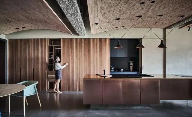 kitchens remodeling home depot kitchen cabinet 台湾的这处房子钢梁极低 设计师利用 解构 的方法重塑室内 腾讯网 厨房