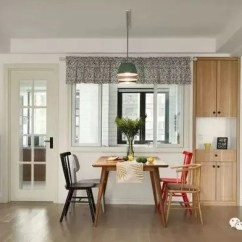 High Top Kitchen Table Set Sink Faucet Replacement 餐厅布置好 为功能和颜值加分5 13 腾讯网 小户型餐桌比较小 一般采用靠墙放置 节省空间 如上图靠着厨房墙放置餐桌椅 同时原来的厨房墙新作窗户 让空间通透 视觉上放大空间
