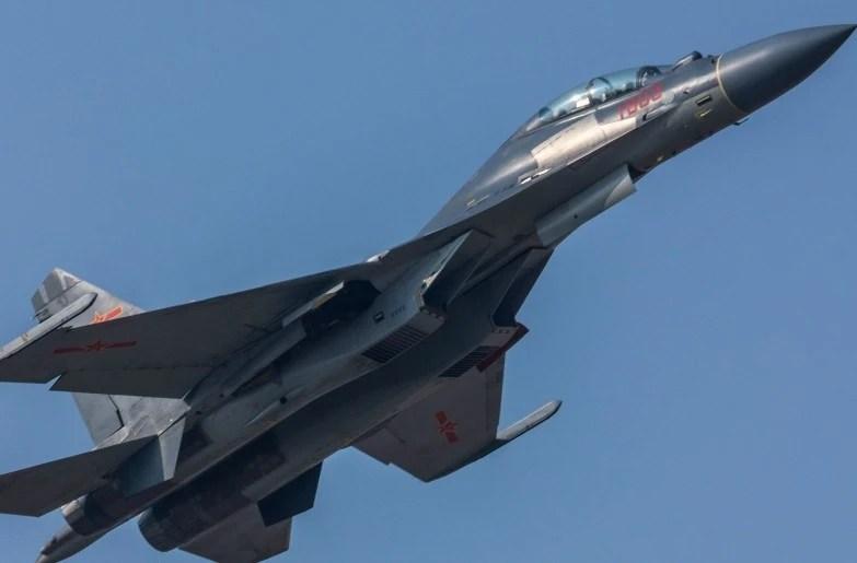 我國還有一款戰斗機。可打擊海陸空目標。與殲20配合天衣無縫