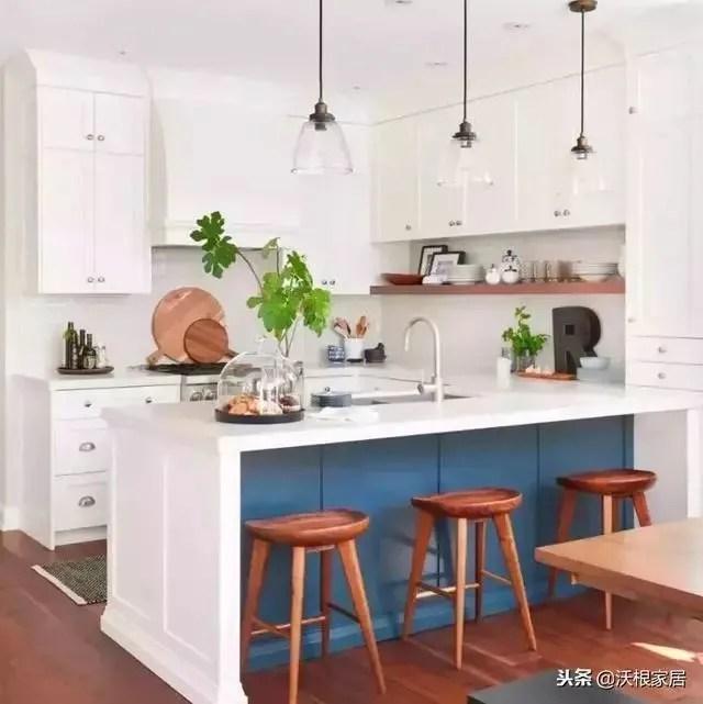 30 kitchen sink lowes pantry 不挑户型的30个厨房设计 把4 装成10 真服气 u型厨房 面积较大 活动空间更灵活 水槽一般在中间 切菜炒菜以及常用工具分别在两边 这种厨房也适合做成开放式 利用一侧做吧台 增加生活情调