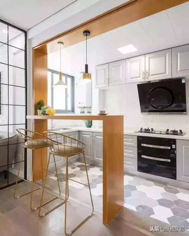 30 kitchen sink splashback 不挑户型的30个厨房设计 把4 装成10 真服气 说到理想的厨房形式 那一定是开放式 有中岛 够明亮 做饭时不孤独 随时都有人逗乐说话 这才是一个厨房该有的模样