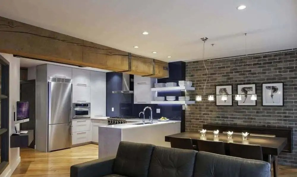 best kitchen paint red cabinets ideas 开放式厨房想要解决油烟问题 必须从这两方面入手 与开放式厨房相邻的房间 一般是餐厅或门厅 墙壁上最好使用光面的 可以是瓷砖 玻璃 不锈钢等等 普通的油漆 壁纸 不仅对油污没有防范能力 反而会将油泥吸附的