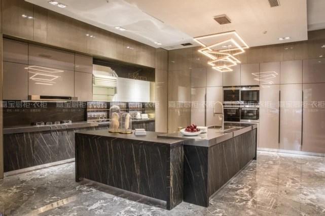 majestic kitchen cabinets island stainless steel 嘉宝厨柜衣柜联合腾讯大湘网打造美食真人秀 城市厨房 大湘网 腾讯网 城市
