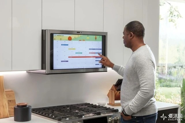 smart tv kitchen oval table ces2019总结 四大趋势下 这些亮点产品唱主角 行业新闻 新闻 飞创 事实上 和前几年一样 智能手机虽然仍然是一切智能的运算核心 但在客厅 厨房等场景 智能手机的重要性正在逐步减弱 厂商们相信 智能电视会成为客厅的交互中心 而