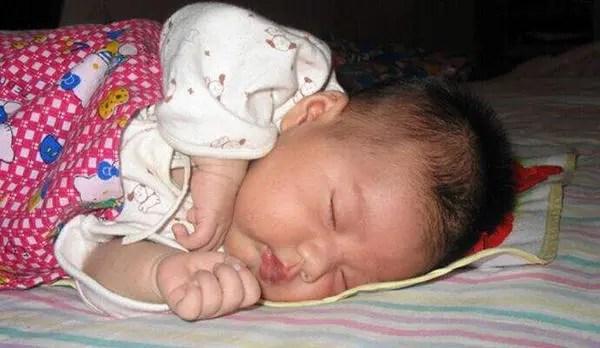"""給寶寶""""戒夜奶""""的簡單辦法,5個妙招輕松解決,真是長知識了"""