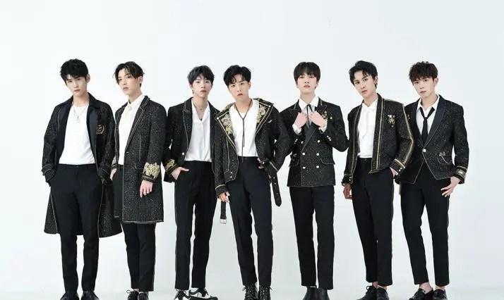 陸定昊被香蕉娛樂辭退。王思聰中國原創新男團。七位一體誰補位?