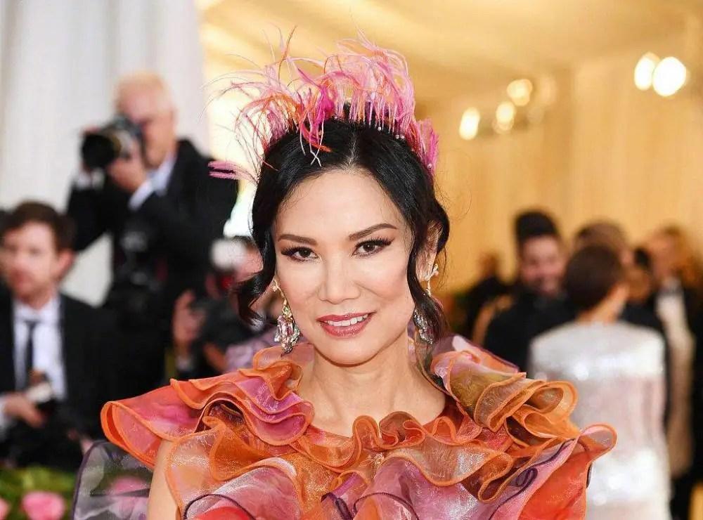 """鄧文迪化身""""珊瑚女王""""走紅毯,和劉雯等明星同場比美氣質超凡"""