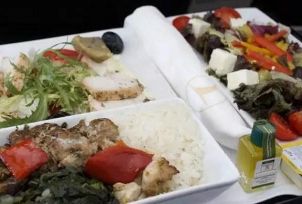 看完這些豪華飛機餐 感覺之前飛機白坐了_騰訊網